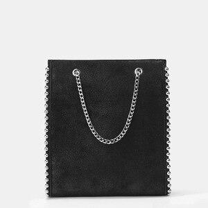 Image 4 - Rebite bola bolsa feminina 2019 outono e inverno nova maré rebite decoração sacola de compras bolsa casual bolsa de ombro corrente