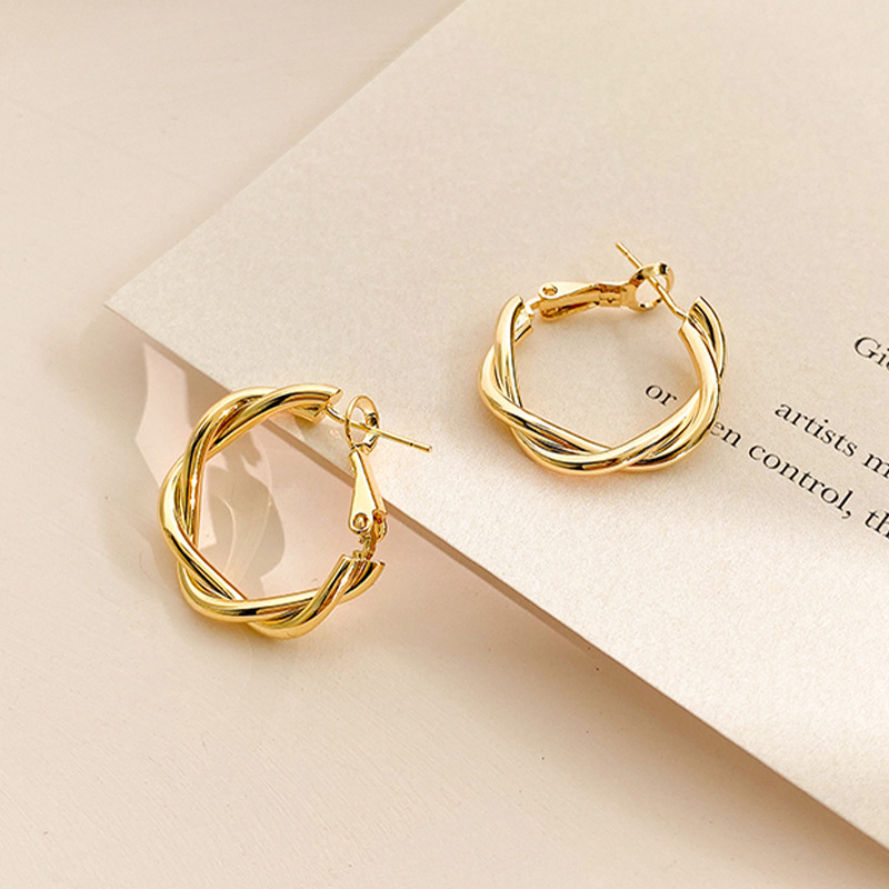 LATS Fashion Distortion Interweave Twist Metal Circle Geometric Round Hoop Earrings for Women Accessories Retro Party Jewelry