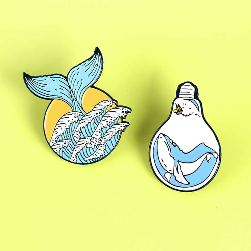 Della Coda Della Sirena Blu Oceano Brooch Dello Smalto Spille Balena Mermaid Lampadina Ocean Wave Sea Mermaid Risvolto Distintivo Spille Regalo Dei Monili Spille