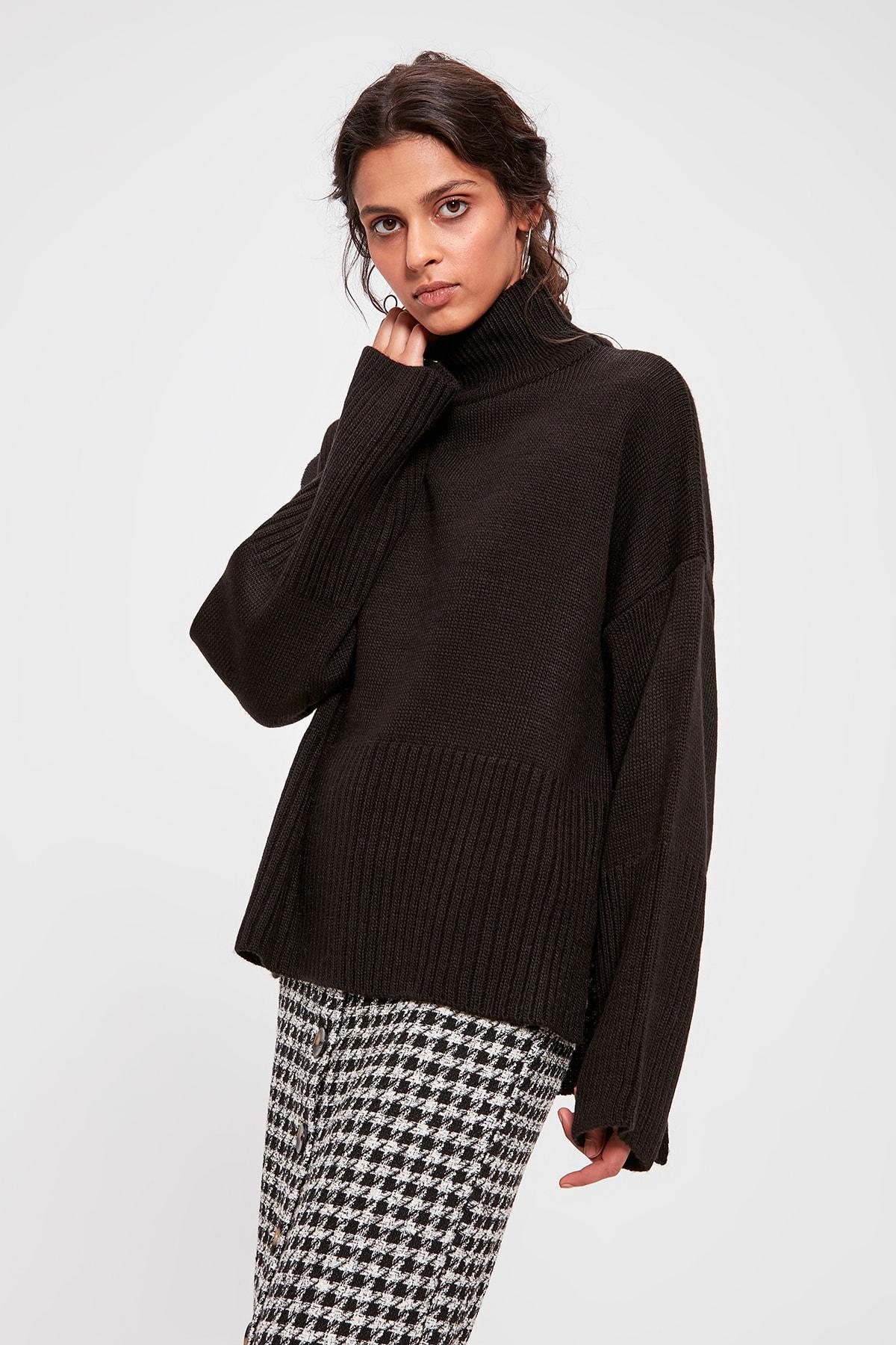 Trendyol Black Upright Collar Sweater Sweater TWOAW20FV0089