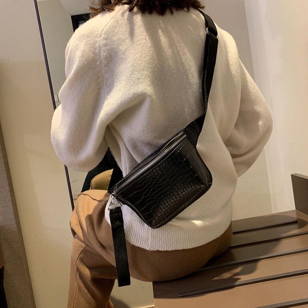 Women's Waist Pack Funny Chest Bag 2019 Fashion Crocodile Leather Chest Bag Fashion Leather Zipper Phone Handbag Bolsas