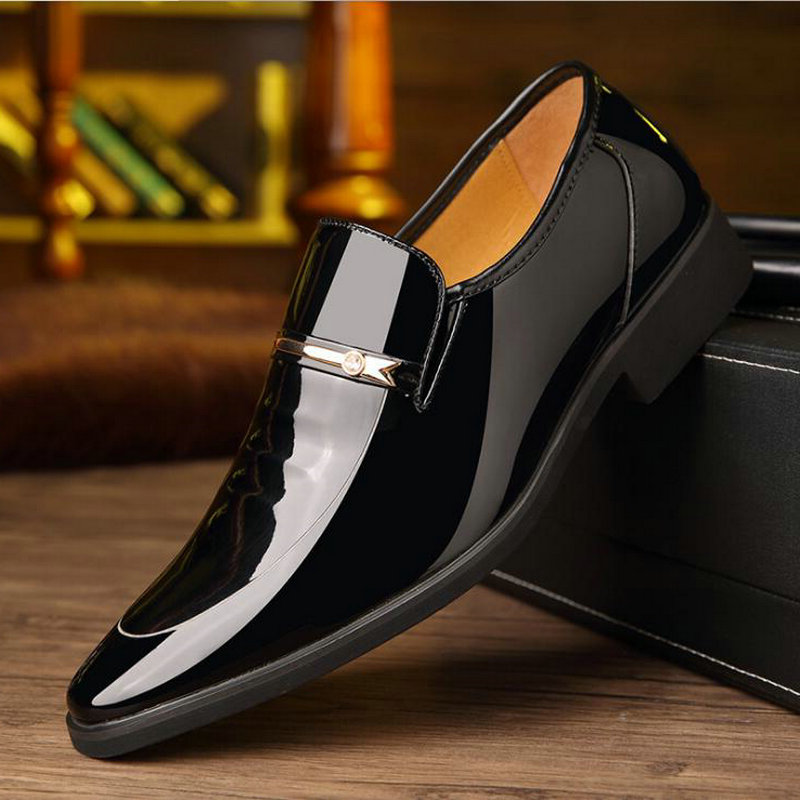 2019 Men Wedding Dress Business Leather Slip On Shoes  Black Brown Men Formal Shoes Pointed Toe Patent Leather Oxford LL-96
