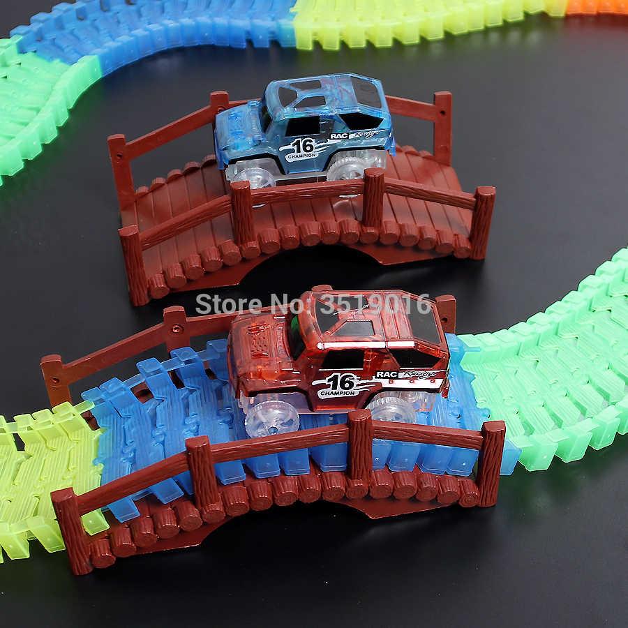 มหัศจรรย์ Glowing Race 18 ฟุต 2 LED รถแข่งและอื่นๆอุปกรณ์เสริมยืดหยุ่น Bendable GLOW In The Dark Racetrack ของเล่น