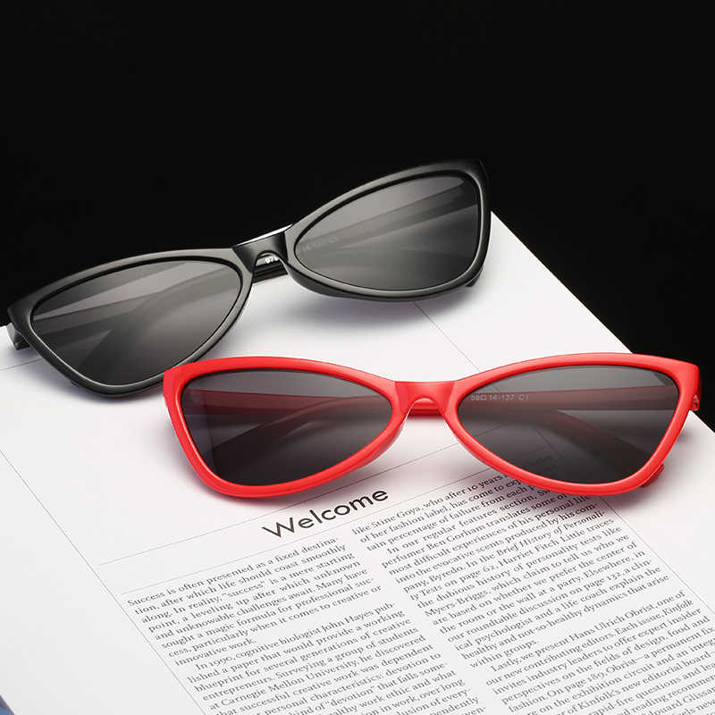 แฟชั่นสีดำผีเสื้อเซ็กซี่ผู้หญิงแว่นตากันแดดผู้ใหญ่แว่นตาแนวโน้ม Designer ยี่ห้อผลิตภัณฑ์ Trend แว่นตา