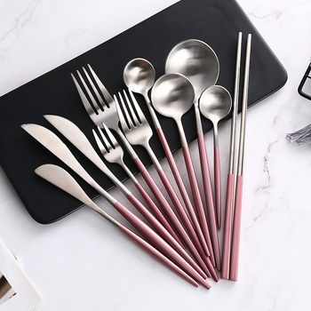 Best Quality Silver Spoon Set Made Of Thickened Steel Material For Restaurant And Dinner Table