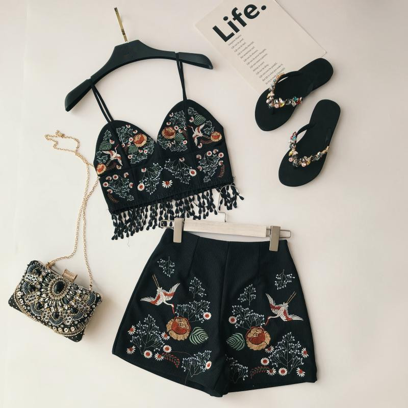 Newest Women's Vintage Holiday Fashion Suit High Quality Flower Embroidery Sling + High Waist Shorts Crop Tops And Shorts Suits