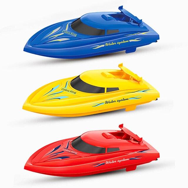 Duplo Motor do Barco De Corrida RC Brinquedos de Alta Velocidade do Barco RC Barco Com 3pcs bateria do barco de Remo Da Água do Verão jogando brinquedos de Vedação Forte