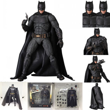 16cm The Dark Knight DC Justice League Mafex 064 Batman Tactical Suit Version Action Figure Collection Toys Doll Gift