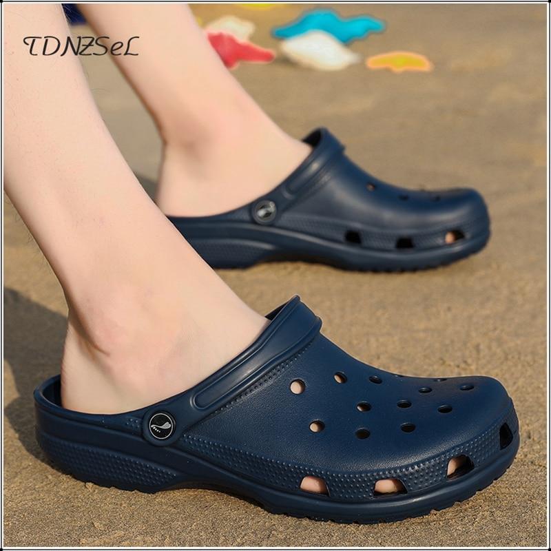 Sandals Men Hole Shoes Crocks Shoes Rubber Clogs For Men Women White Croc Unisex Couple Shoe Summer Beach Slippers Cholas Hombre