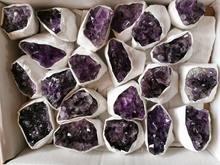 100-130g Uruguay ametist küme mağara orijinal taş parçaları Mineral örnekleri yerleştirilmiş