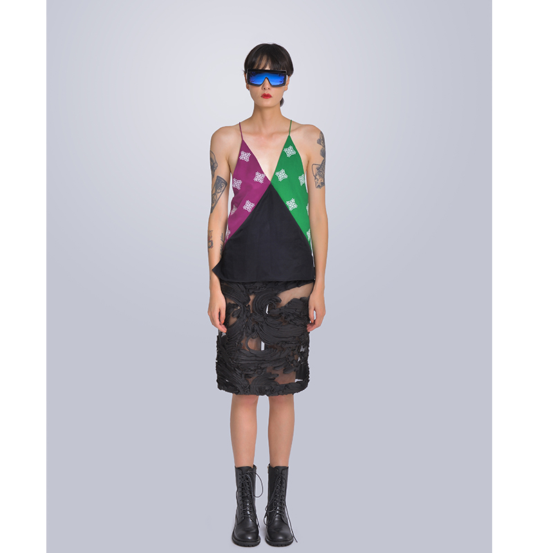 MISHOW Milan Fashion Week Spring/Summer 2020 Female Two Piece Set Patchwork Print V-neck Sleeveless Vest Hollow Skirt Look-7