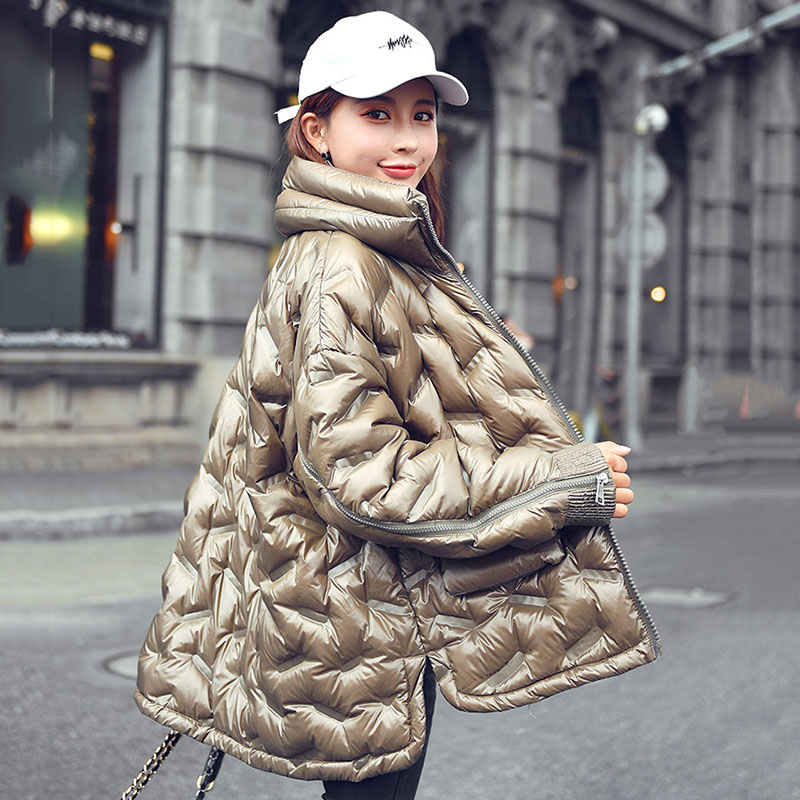 2019 Bread Service Light Plus Size Winter Down Jacket Women Short Paragraph Loose Fashion Cloak Jacket Female Outerwear YRF22