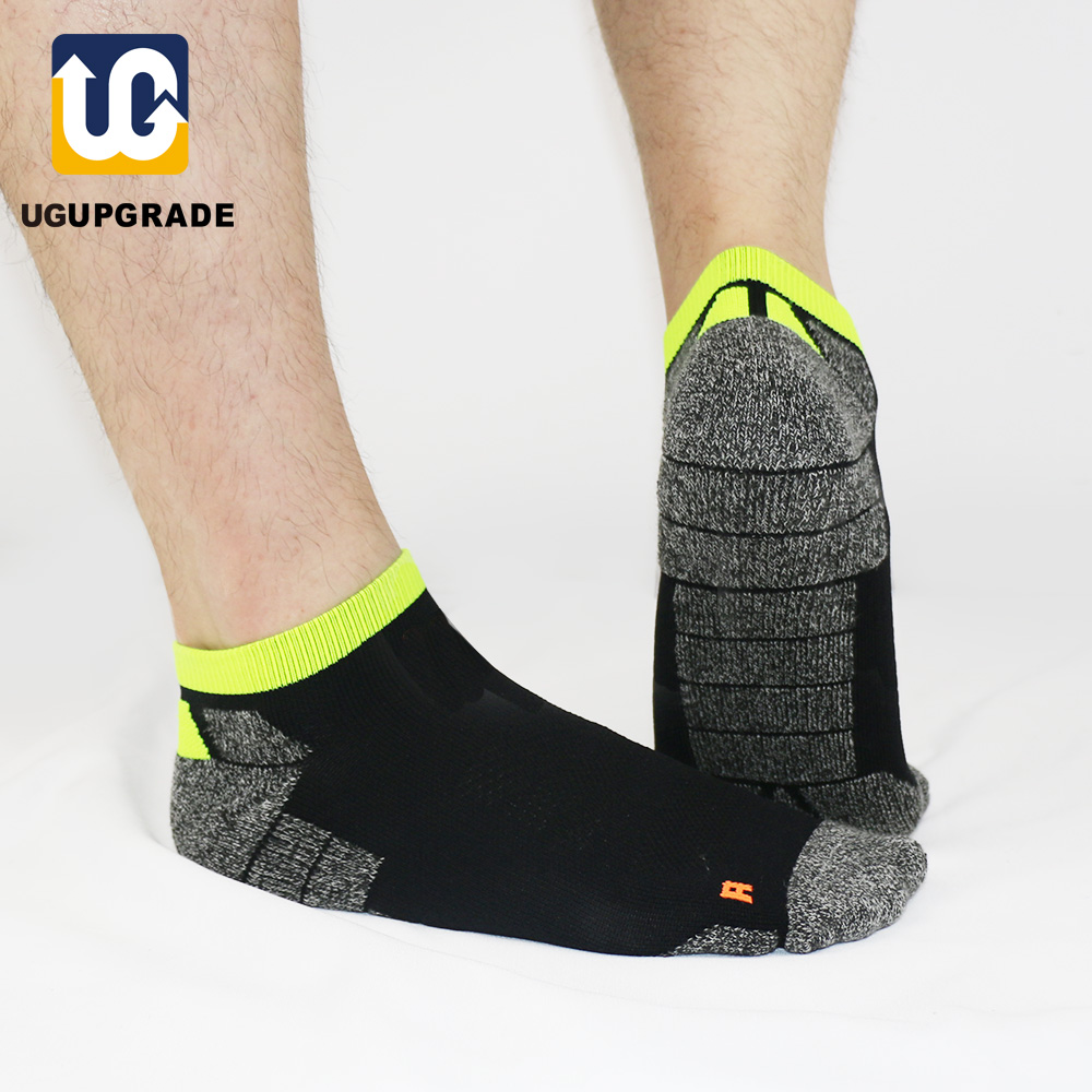UGUPGRADE All Season Professional Men Sport Socks Bradyseism Running Sock Quick Dry Climbing Gym Fitness Calcetines Ciclismo