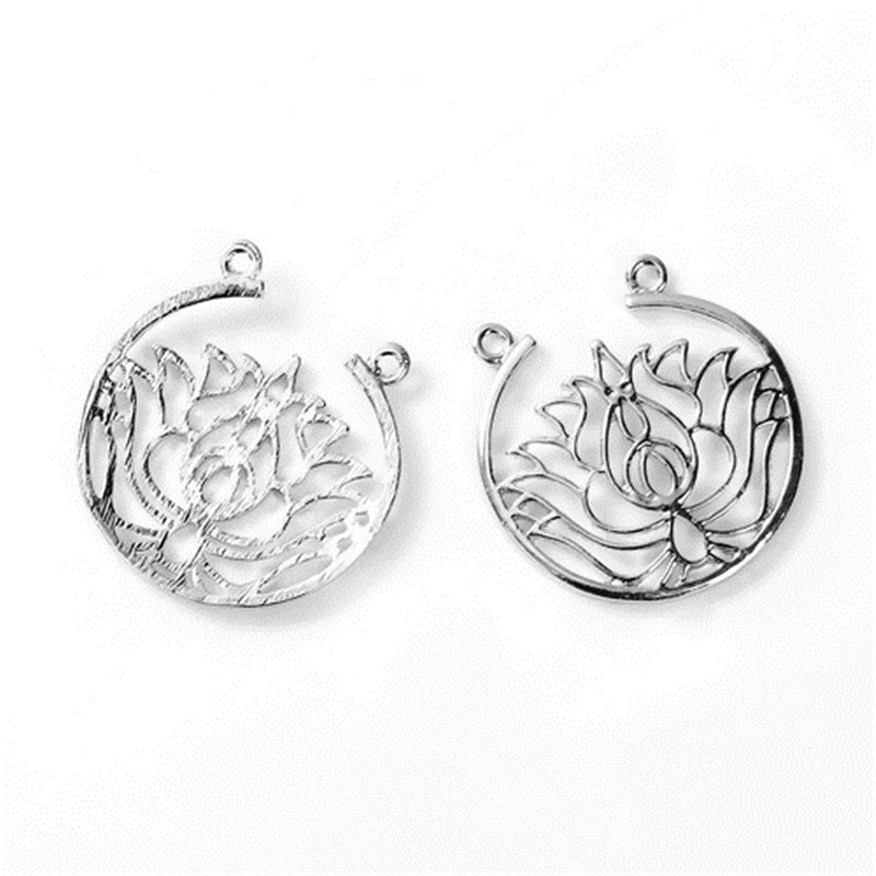 DoreenBeads Fashion Zinc Based Alloy Connectors Lotus Flower Silver Color Round 33mm X 32mm, 3 PCs