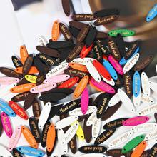 Этикетка ручной работы 50 шт. многоцветные Швейные деревянные Тэги пуговицы для тиснения одежды DIY ремесло принадлежности ткань украшения Аксессуары