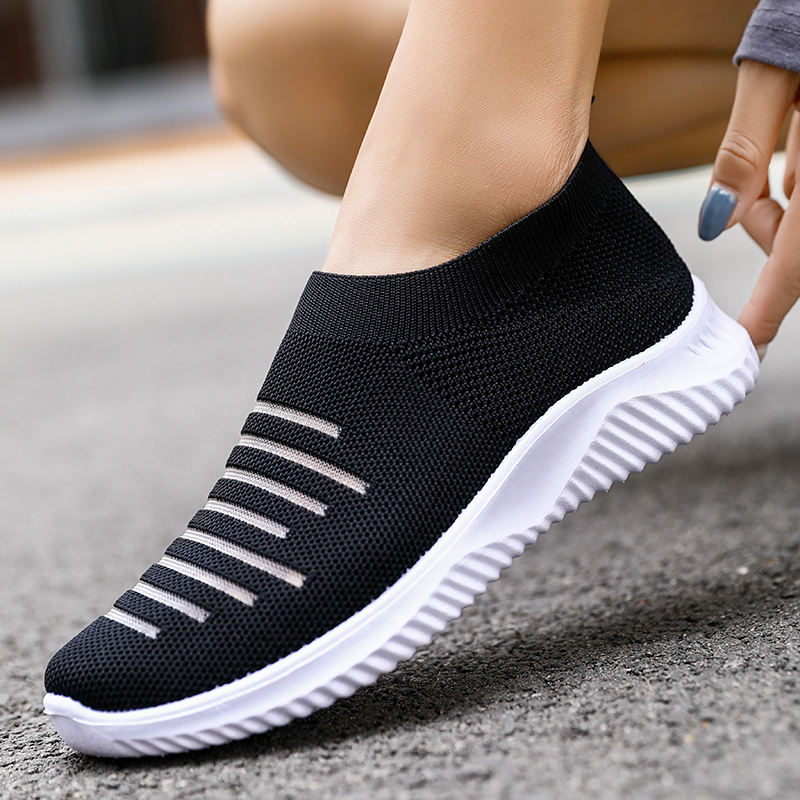 New Ladies Casual Sports Shoes Fly Woven Breathable Fashion Lazy One Pedal Summer Comfortable Thick Bott Trend Wild Single Shoes