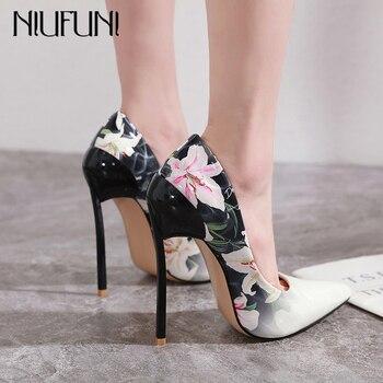 NIUFUNI panie Sexy szpiczasty nosek pompy 15cm super wysokie szpilki moda kwiat drukuj kobiety pompy Party Dress buty Plus rozmiar 42