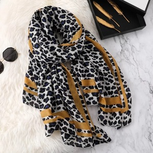 Image 2 - Luxury brand winter leopard silk scarf women Soft Pashminas shawls cotton scarves Sjaal muslim hijab animal print leopardo cape