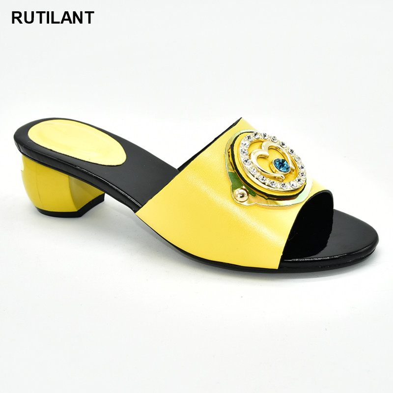 Ladies Shoes Summer Slippers Good Quality Italian Women Wedding Shoes Decorated with Rhinestone Daily Slippers for Ladies ShoeWomens Pumps   -