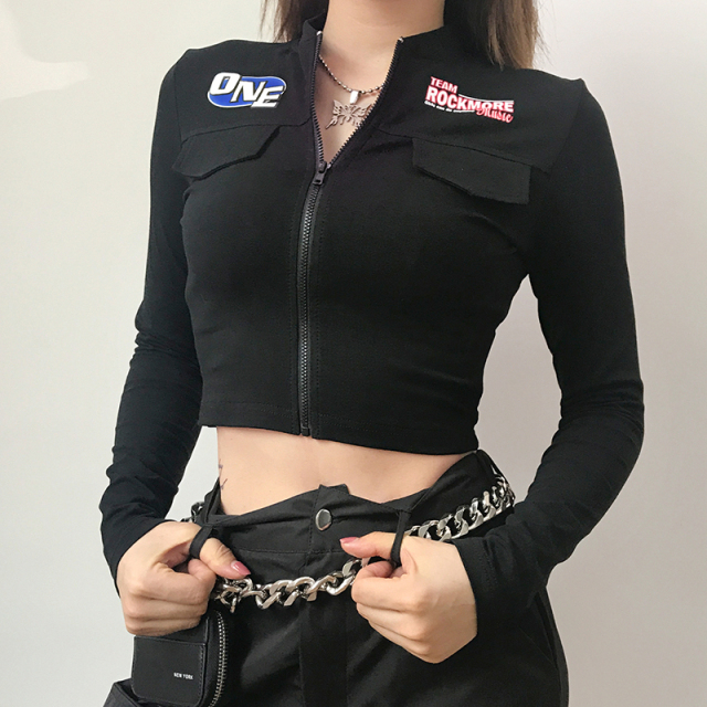 Gothic crop top t-shirt with zipper in black