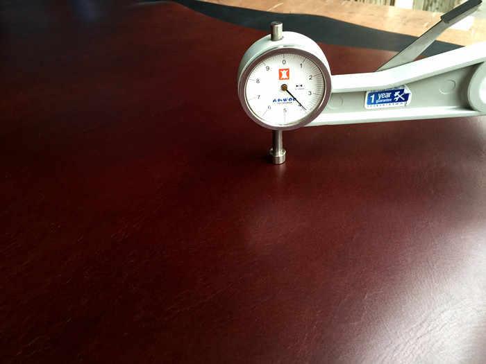 หนังวัว Cowhide ผิวขี้ผึ้งน้ำมัน 3.5-4.0 มม.ผักกระป๋องหนังทำด้วยมือหนังเข็มขัด,กระเป๋าสตรี,รองเท้า DIY