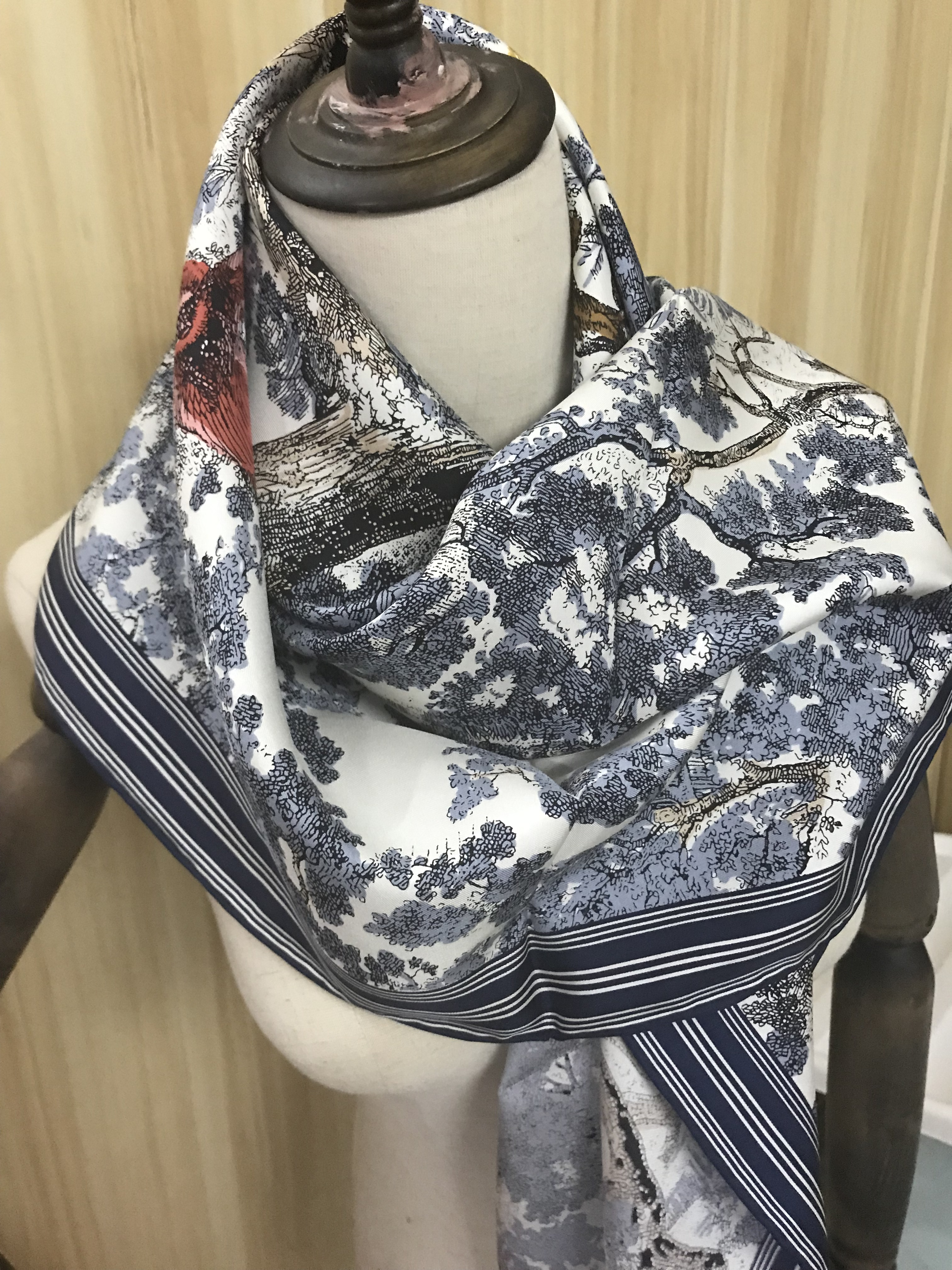 2020 New Arrival Spring Autumn Classic  100% Pure Silk Scarf Twill Hand Made Roll 90*90 Cm Shawl Wrap For Women Lady