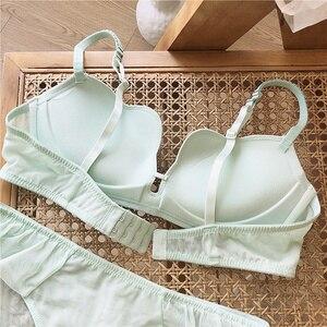 Image 5 - חלקה חזיית סט לנשים תחתונים לדחוף את הלבשה תחתונה סט חוט משלוח חזייה ותחתונים סט טהור צבעים ירוק לבן מקורבי נקבה