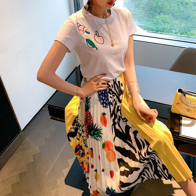 Ozhouzhan WOMEN'S Dress 2019 Summer New Style Short Sleeve White T-shirt + Printed Pleated Skirt Retro Two-Piece Set