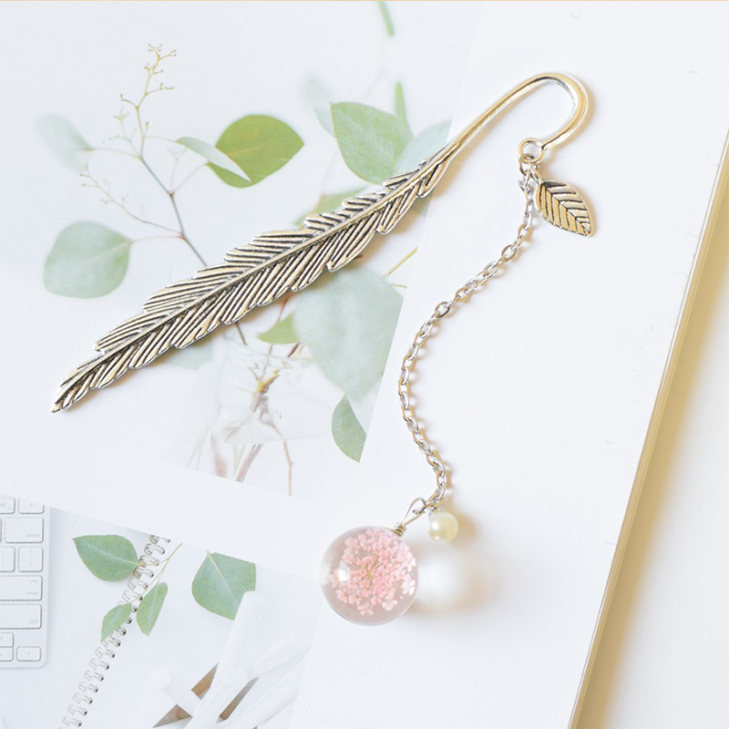 1PC Feather Metal Bookmark Flowers Glass Ball Pendant Book Mark Books Clips For Students Teachses Gifts Office School Stationery