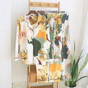Image 1 - אביב חדש נשים 100% כותנה פיג מה עלה דקל הדפסת תורו למטה צווארון ארוך שרוול מכנסיים 2 חליפת חתיכה בגדי בית