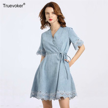 Truevoker Designer Runway Vrouwen Jurk V-hals Korte Mouwen Borduren Hollow Out Tied Taille Resort Denim Jurk(China)
