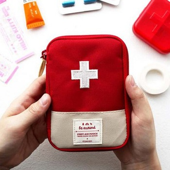 Hot Travel Emergency Medicine Bag Portable First Aid Case Emergency Kits Package Outdoor Pill Survival Organizer Travel Supplies image