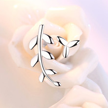 925 Sterling Silver Earrings Asymmetric Leaf Ear Nails Fashionable Simple Temperament Female Popular Jewelry