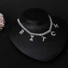 Wedding Luxury Crystal Letter Choker Necklace for Women Rhinestone Letter LOVE Pendant Necklace Collar Clavicle Chain Jewelry luxury rhinestone chain choker necklace girls crystal choker necklace gold bride collar party necklace for womens jewelry gifts