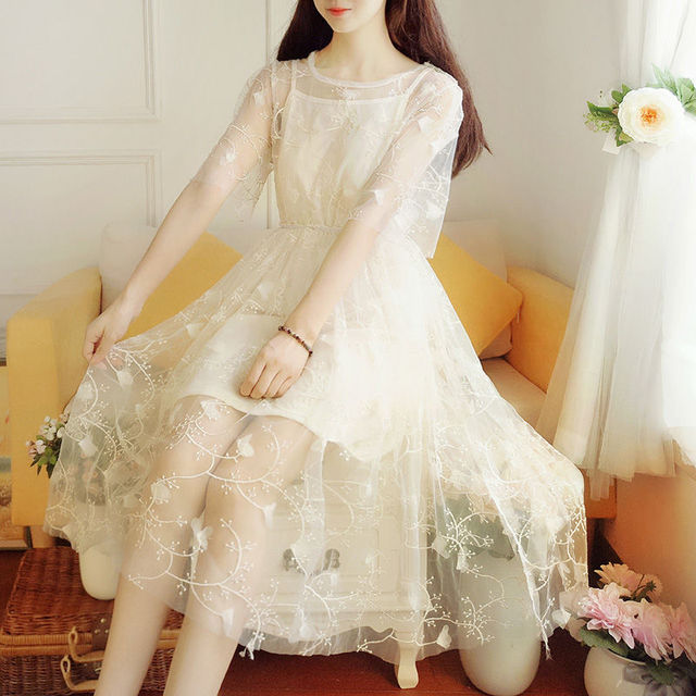 Spring and summer super fairy fairy long dress elegant short-sleeved pure color O-neck applique elegant and sweet fairy dress 2