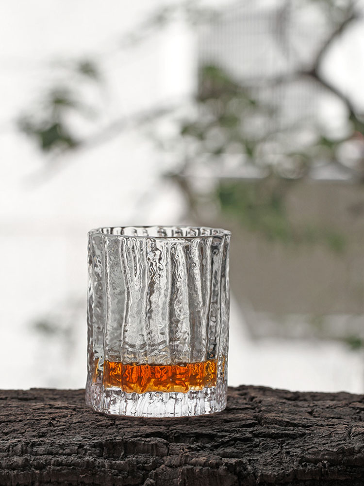 Japan INS Edo Crystal Hammer Bark Pattern Whiskey Old Fashioned Rock Glass Hand Made Carving Whisky Tumbler Cup Wood Present Box