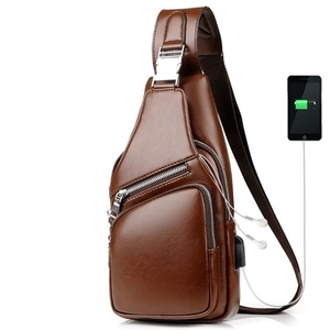Casual suave Pu cuero bandolera pecho bolsas para hombres con puerto USB auriculares agujero impermeable corto viaje bolso de hombro Masculino