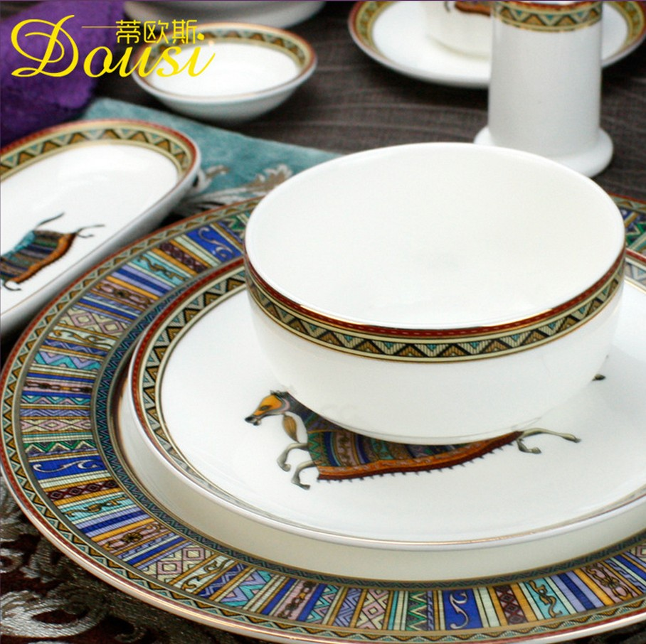 2019  Ceramic China Horse Series for Dining Room Durable Furniture Dinner Set Dinnerware