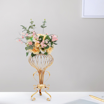 Wedding Props Electroplating Wrought Iron Hollow Stand with Silk Flower Wreath Table Flower Arrangement Road Lead Ornaments