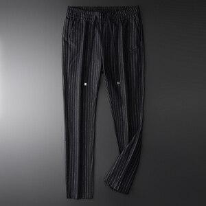 Image 2 - Minglu wełna mieszanie męskie spodnie luksusowy haft cekinowy Casual Sport Stripe spodnie męskie Plus rozmiar 4xl w pasie męskie spodnie
