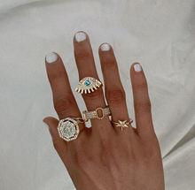 Набор колец с геометрическим цирконом простой комплект из кольца