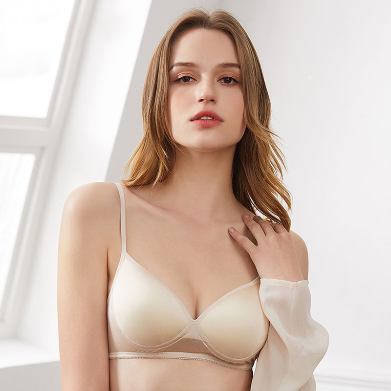 Image 2 - 100% Natural silk Sexy Bras for Women Push Up Lingerie Seamless Bra Bralette Wire Free Brassiere Female Underwear IntimatesBras   -