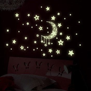 Star moon Luminous Sticker kids rooms Living room bedroom Glow in the dark decoration home decals fluorescent Wall Stickers image