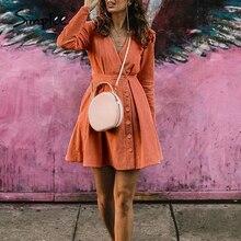 Simplee wysoka talia krótka sukienka Streetwear seksowna dekolt w serek ciepła sukienka wakacyjna jednolita, z guzikami damska jesienna sukienka retro vestidos
