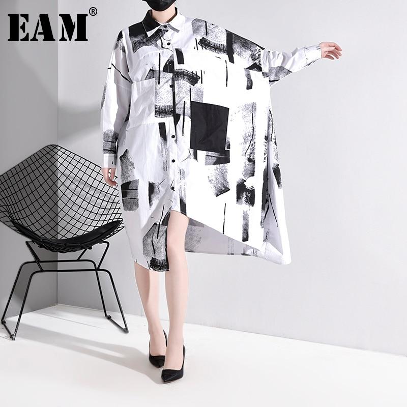 [EAM] Women White Asymmetrical Big Size Blouse New Lapel Long Sleeve Loose Fit Shirt Fashion Tide Spring Autumn 2020 1N89400
