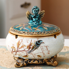 European large ashtray creative personality trend with lid light luxury American living room retro jewelry box