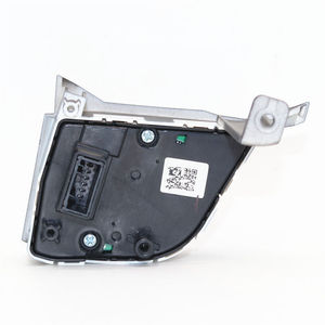 Image 2 - 96710D35004X Steering Wheel Remote Control Switch Left forHyundai Tucson 2016+ TL Bluetooth Button Music Switch