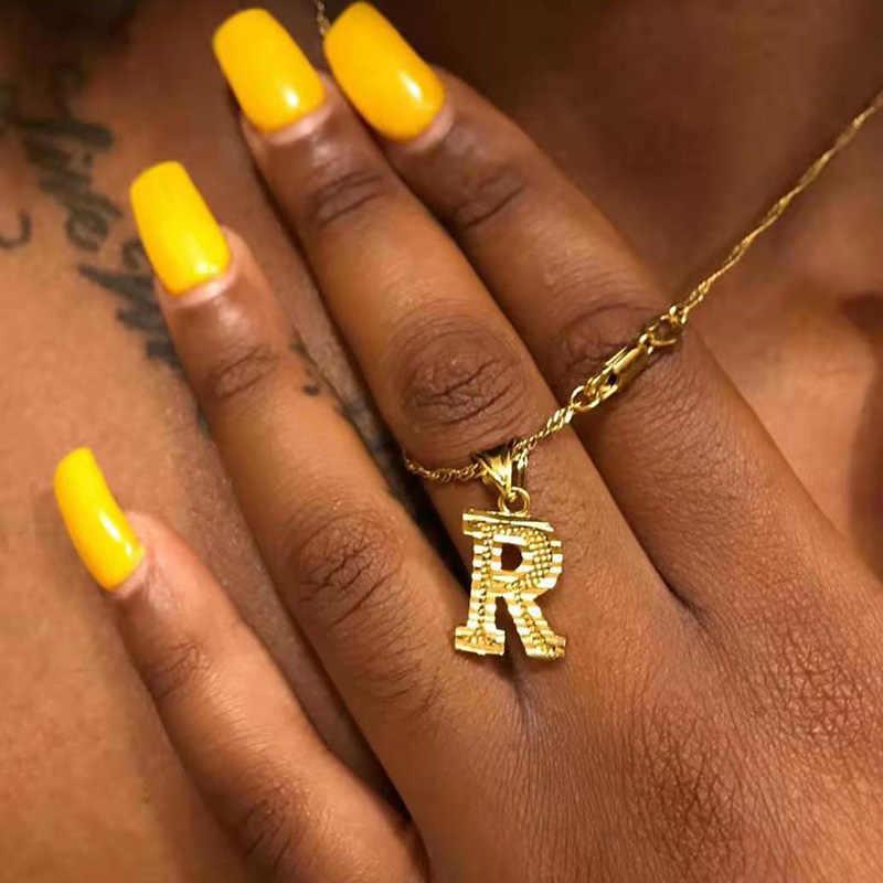 Emas Kecil Huruf Awal Kalung untuk Wanita Stainless Steel A-Z Alphabet Liontin Kalung Perhiasan Hadiah Natal Bijoux Femme