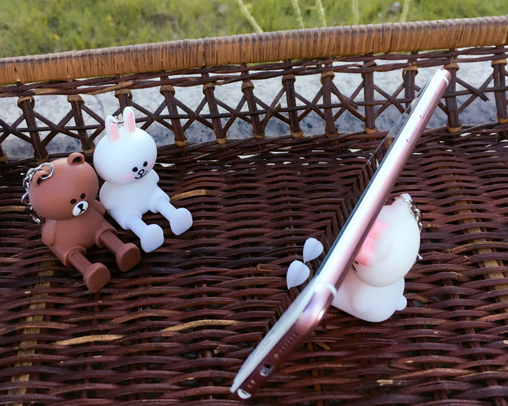 2020 NEW Cute Cartoon Mobile Phone Accessories Holder for Smartphone Universal Bracket Animal Bear Doll Stand Phone Holder