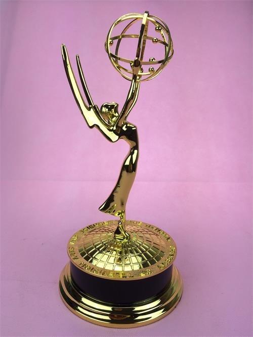 Big Size    39 CM  Metal Emmy Trophy Factory Directly Sales Emmy Trophy Academy Award Of Merit Free DHL Shipment Christmas Gift